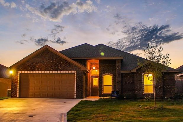 San Angelo Custom Home Builder - 5917 Tarin St, San Angelo TX 76904