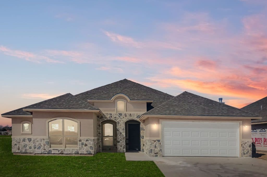 San Angelo Custom Home Builder - 5933 Tarin St, San Angelo TX 76904