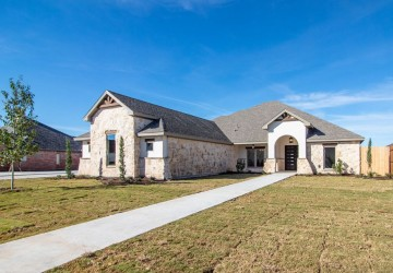 4745 Shadow Creek Dr, San Angelo TX 76904