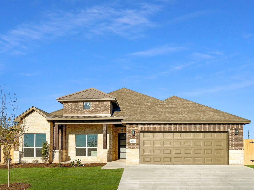San Angelo Custom Home Builder - 6101 Sammye Ln, San Angelo TX 76904
