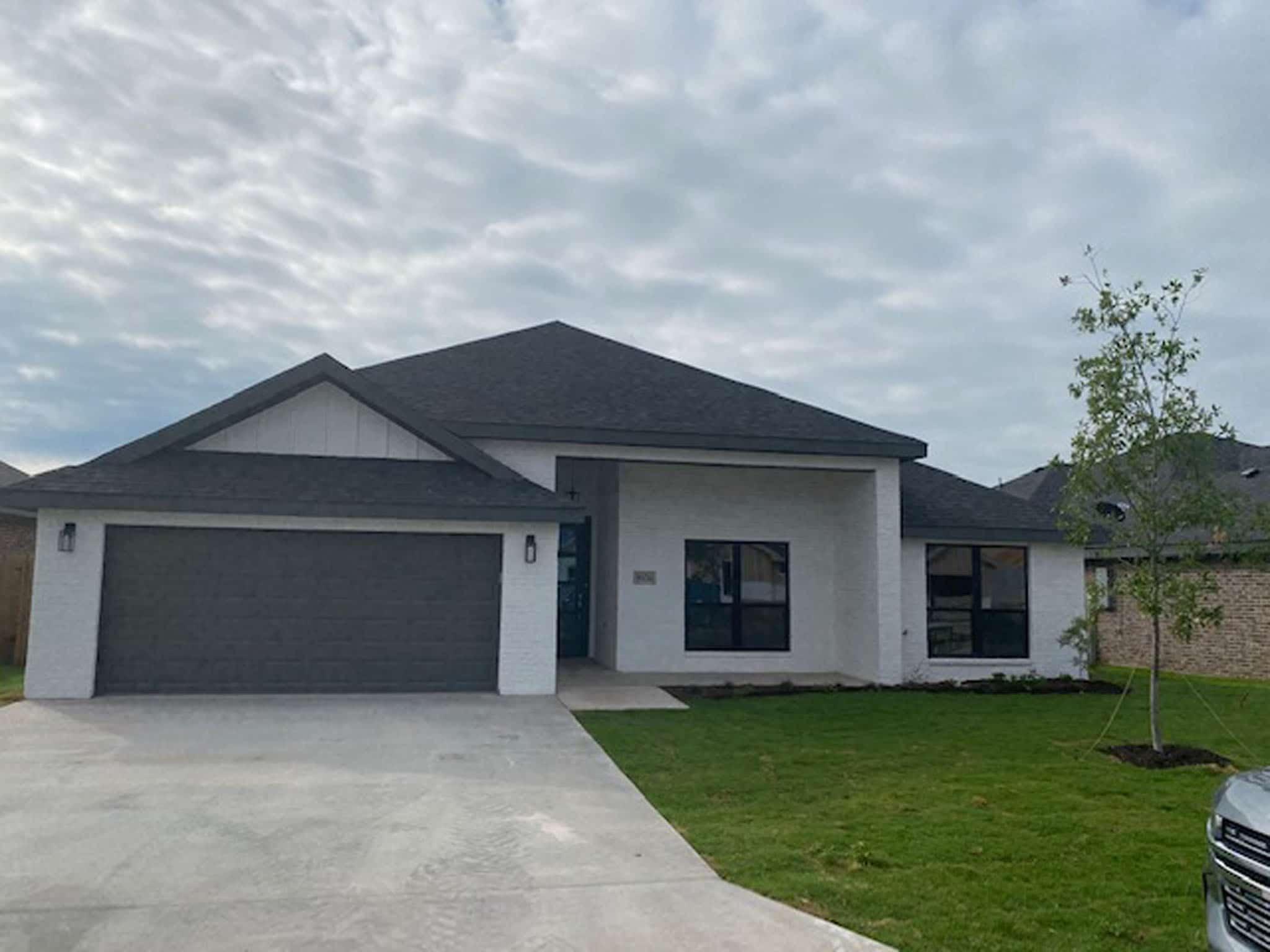 San Angelo Custom Home Builder - 5934 Merrick St, San Angelo TX 76904